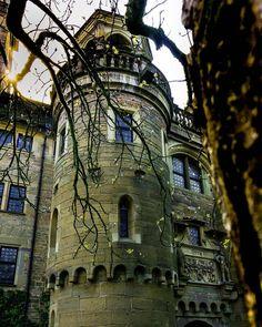 Schloss Neuenstein. Jetzt mit richtigem Schnitt