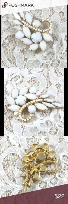 Vintage Gold Tone Milk Glass Brooch Round, marquise, navette, and bead milk glass shapes.  Shape is similar to a leaf.  Very pretty! Vintage Jewelry Brooches