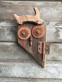 Little Avery - Rusty Ole Owl by Rustin' Relics. Metal Yard Art, Scrap Metal Art, Wood Owls, Recycled Art, Repurposed, Found Object Art, Owl Crafts, Old Tools, Junk Art