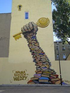 Фото стены областной библиотеки из Гафса в Тунисе