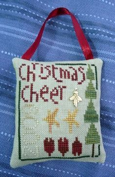Simple pillow Christmas ornament tutorial