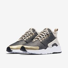3e5ea89ab07f Nike Air Huarache Ultra SE Women s Shoe