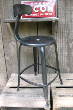 1000 images about tabourets cuisine on pinterest bar stools and high dini - Chaise de bar industriel ...