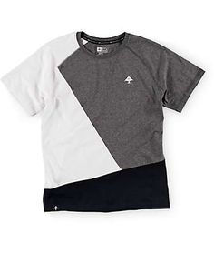 This LRG Boys Color Block tee has a unique style to it to match the wearer's… Vintage Mens T Shirts, Cool Shirt Designs, Corporate Fashion, Moda Casual, T Shirt And Shorts, Outfits For Teens, Cool Shirts, Printed Shirts, Menswear
