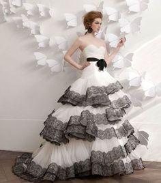 Vestidos de Novia con Color. Nueva Colección de Atelier Aimée.