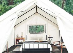 23 Best Glamping in California (2021) 14 Go Glamping, Tent Camping, Camping Ideas, Camping Con Glamour, Luxury Tents, Luxury Camping, Best Boutique Hotels, Canvas Tent, Peaceful Places