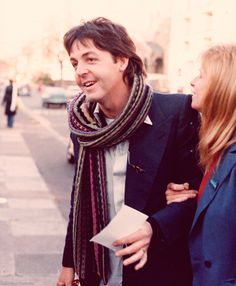 S. J. Paul McCartney♥♥Linda Eastman-McCartney (Source- http://johnwolennon.tumblr.com/post/48002604291)