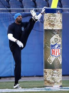 Detroit Lions wide receiver Calvin Johnson   Go man stretch those legs lets get this game on