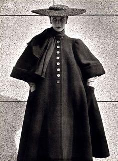 1951 - Balenciaga coat