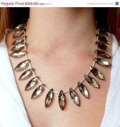 Stunning and eye-catching!!!  Beautiful handmade necklace by FiveLittleGems (http://fivelittlegems.etsy.com)