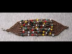 Bileklik Yapımı - not for beginners but easy enough to understand ~ Seed Bead Tutorials Beaded Bracelet Patterns, Jewelry Patterns, Beading Patterns, Beaded Earrings, Beaded Bracelets, Seed Bead Jewelry, Bead Jewellery, Beaded Jewelry, Seed Bead Tutorials