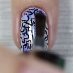 Have you figured out your Halloween look yet? This nail design is worth trying! New Nail Art, Fall Nail Art, Acrylic Nail Art, Nail Art Designs Videos, Gel Nail Designs, Nails Design, Colorful Nail Designs, Simple Nail Designs, Tribal Nails