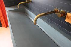 Beton Waschbecken oder Waschtische aus Sichtbeton gehören auch zu unserem Leistungsspektrum. Nach Ihren Wünschen und Maßen können wir fast jegliche Form herstellen.