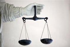 La Cour de cassation donne raison à une employée de crèche voilée - http://www.andlil.com/la-cour-de-cassation-donne-raison-a-une-employee-de-creche-voilee-102020.html