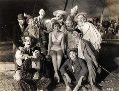 DecoranticArt: Immagini d'epoca: la vita nel circo.