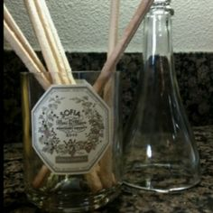 from wine bottle to bread stick holder #G2Bottle Cutter #bottleart #upcycle