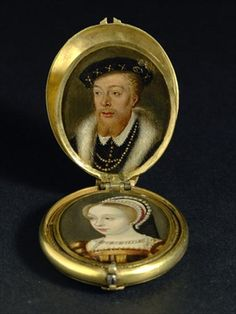 A locket containing eight family portraits, c.1600 (oil on copper)