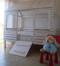 cute bed made from recycled pallets... I may have to try this for our boys!
