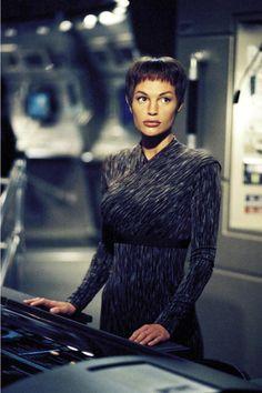 Too old for a teenage crush? Star Trek Tv Series, Star Trek Cast, Enterprise Nx 01, Star Trek Enterprise, Star Trek Characters, Female Characters, Jolene Blalock, Star Trek Captains, Star Trek Universe