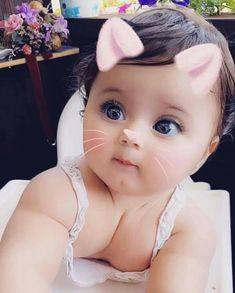 Funny cute love quotes relationships girlfriends 56 new ideas Baby Girl Images, Cute Baby Girl Pictures, Cute Baby Boy, Cute Little Baby, Baby Kind, Cute Baby Clothes, Little Babies, Baby Love, Beautiful Children