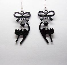 Black Cat Earrings Stirling Silver 925 wires, gothic, witch, black cats, black cat jewelry by freakchicboutique on Etsy