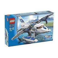 LEGO City 7723  - Polizeiwasserflugzeug Lego http://www.amazon.de/dp/B000T735W4/ref=cm_sw_r_pi_dp_pnvMub1357QBF