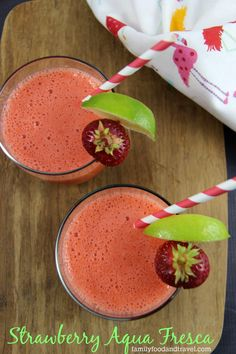 Strawberry Aqua Fresca - a delicious drink made with whole fruit. An easy recipe that will easily replace juice in your home. Refreshing Drinks, Summer Drinks, Fun Drinks, Beverages, Party Drinks, Mixed Drinks, Summer Fun, Alcoholic Drinks, Aqua Fresca Recipes