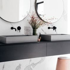 For an elegant and classy look, go for a marble wallpaper to give your HDB bathrooms pop of color~