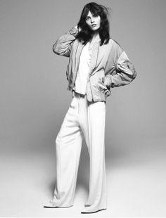 dd7a735d44c5d Mode Femme, Mode Pour Les Jeunes, Poses De Mode, Éditoriaux De Mode,  Pantalon À Jambes Larges, Jambes Larges, Photographie De Mode,  L inspiration De Style, ...