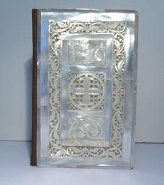 Rare vintage 1949 Holly Bible Jerusalem seashell carved Mother of pearl King James book.