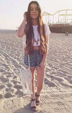 Sierra Furtado's hair