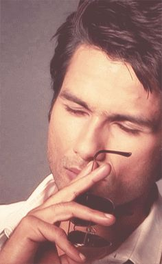 Shahid Kapoor - So Sexy! Can you say Dream Boat??? I'm just like -- Why you got to open your eyes like THAT! Makes me melt like ice cream on a hot summer day every time I see this GIF.