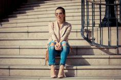 Shop: http://buffalo-shop.de/24923-1034/24923-1034,de_DE,pd.html&start=1&cgid=11310#!i%3D0%26color%3D150417%26size%3D38&wt_mc=de.sm.pin.post.x.x Blog Post: http://www.style-roulette.com/2014/03/ripped-jeans-at-rodeo-drive.html