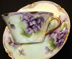 I love violets! They also bring to mind a friend of my parents, Miz Jean Cox who had a lovely collection of violet things. limoges haviland violets demi tea cup and saucer Cup And Saucer Set, Tea Cup Saucer, Teapots And Cups, Teacups, Cuppa Tea, China Tea Cups, Vintage Tea, Vintage China, Antique China