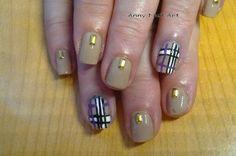 Nailstorming Tartan  https://www.facebook.com/pages/Anny-nails-art-anny-lamande/551388051583198
