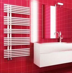 In this post you will find the information and pictures about Traditional towel radiator for your bathroom. Interier and desing bathroom, bathroom accessories, useful tips, etc. Bathroom Radiators, Bathroom Toilets, Traditional Towel Radiator, Toilet Cistern, Flush Toilet, Bathroom Interior, Bathroom Accessories, Blinds, Curtains