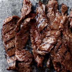Korean Sizzling Beef - This succulent recipe is based on bulgogi, a classic Korean dish of sliced beef that's marinated in soy sauce, sugar, sesame oil and garlic, then grilled.-we love bulgogi! Meat Recipes, Wine Recipes, Asian Recipes, Cooking Recipes, Sliced Beef Recipes, Asian Foods, Recipies, Think Food, I Love Food