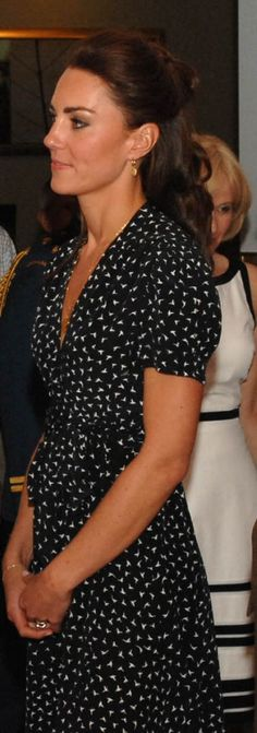 Kate wore a Issa Bird print dress for the youth barbecue event during the North American tour in 2011.