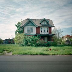 Deserted Places: Detroits Abandoned Houses