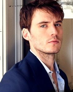 Sam Claflin as method actor Rhys Murray. Rhys comes to take over from Grover Sheere, thinking it the role of a lifetime.