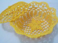 Receitas de colas caseiras para endurecer crochê C2c Crochet, Crochet Designs, Decoration, Diy Crafts, Pretty, Diy Crafts To Sell, Diy And Crafts, Homemade Necklaces, Crochet Case