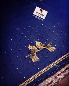 Choli Blouse Design, Hand Work Blouse Design, Pattu Saree Blouse Designs, Simple Blouse Designs, Bridal Blouse Designs, Embroidery Suits Design, Embroidery Motifs, Embroidery Works, Couture Embroidery