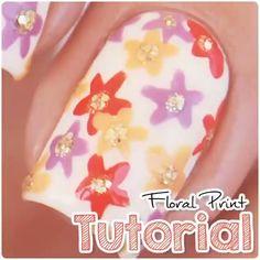 Floral nails by @xnailsbymiri  Song: Send Me Love – Sofia Karlberg