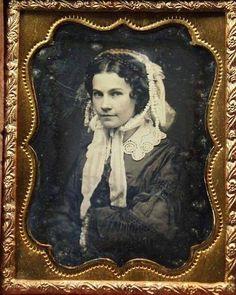 Victorian Portraits, Victorian Photos, Antique Photos, Vintage Pictures, Vintage Photographs, Old Pictures, Victorian Era, Vintage Images, Old Photos