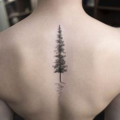 Evergreen Tree Tattoo Designs and Ideas Hongdam Tattoo, Tattoo Dotwork, Tattoo Son, Alien Tattoo, Tattoo Life, Tattoo Forearm, Tattoo Rib Cage, Dr Woo Tattoo, Fractal Tattoo