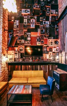 We had a call from a company in Dubai, who specialise in club and bar re-fits. They had an idea of building two giant speaker walls, for a sports bar/ restaurant called Lock Stock & Barrel. Blog Vintage, Retro Vintage, Vintage Music, Music Aesthetic, Aesthetic Vintage, Music Studio Room, Plakat Design, Photocollage, Home And Deco