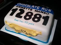 Running Bib Cake. Someone make this for me for my 30th! Love it
