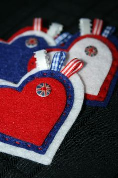 Cool Britannia Layered Felt Heart & Button Badge £3.50 Queen 90th Birthday, Royal Craft, Felt Gifts, Heart Button, Button Badge, Birthday Crafts, Felt Projects, Covered Buttons, Badges