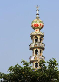 Minaret at Golapbag Mosque,Dhaka 10/2012