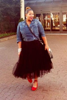 Tulle and biker denim, I love this look!  I need a big floofy tulle skirt.